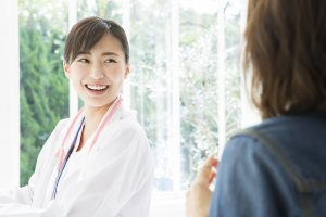 女性医師が担当している病院を探しておくと安心